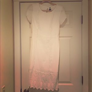 Old Navy sweet white midi dress. M.